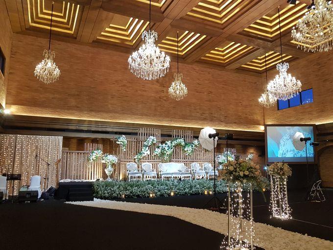 DIMAS & PUTRI WEDDING by United Grand Hall - 020