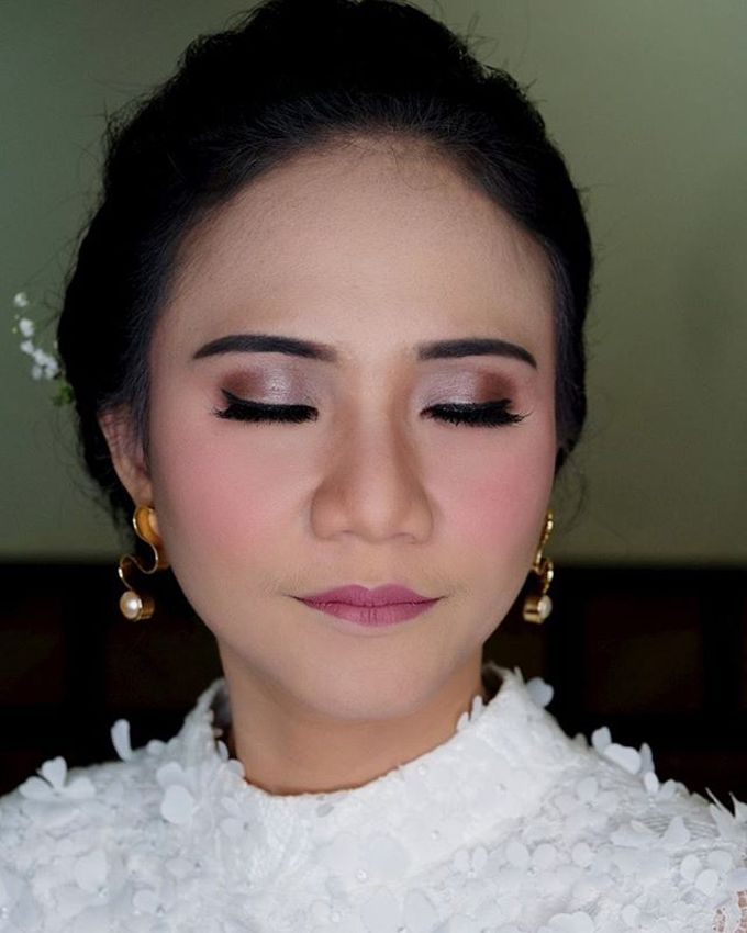 Garden Wedding - Windy by Arini Makeup Artist - 006