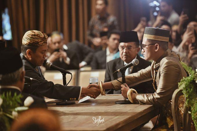 Naya & Ari - Javanese Celebration by One Heart Wedding - 008