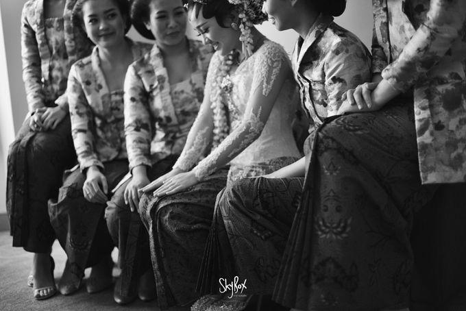 Naya & Ari - Javanese Celebration by One Heart Wedding - 006