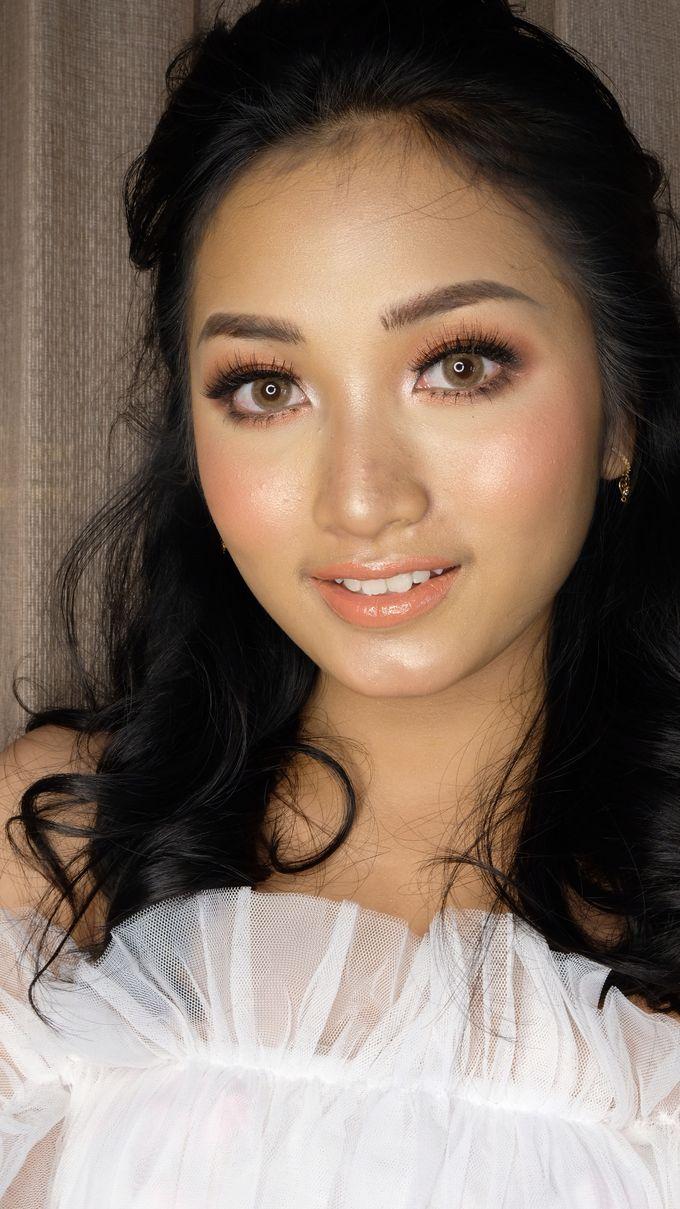 Korean Wedding Makeup Look - Ms. ABIGAEL by Nathalia Tjan Makeup - 004