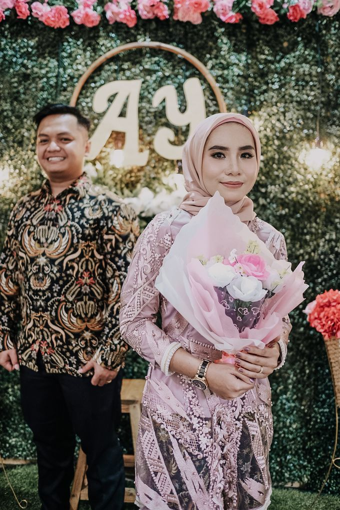 The Engagement of Anto & Yeni by Fazz Project - 001