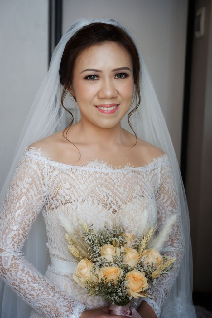 Wedding Day Mario & Debora by Nike Makeup & Hairdo - 003