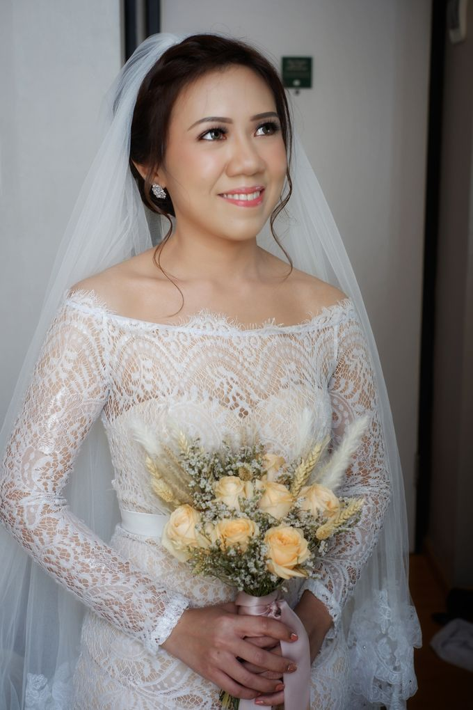 Wedding Day Mario & Debora by Nike Makeup & Hairdo - 005