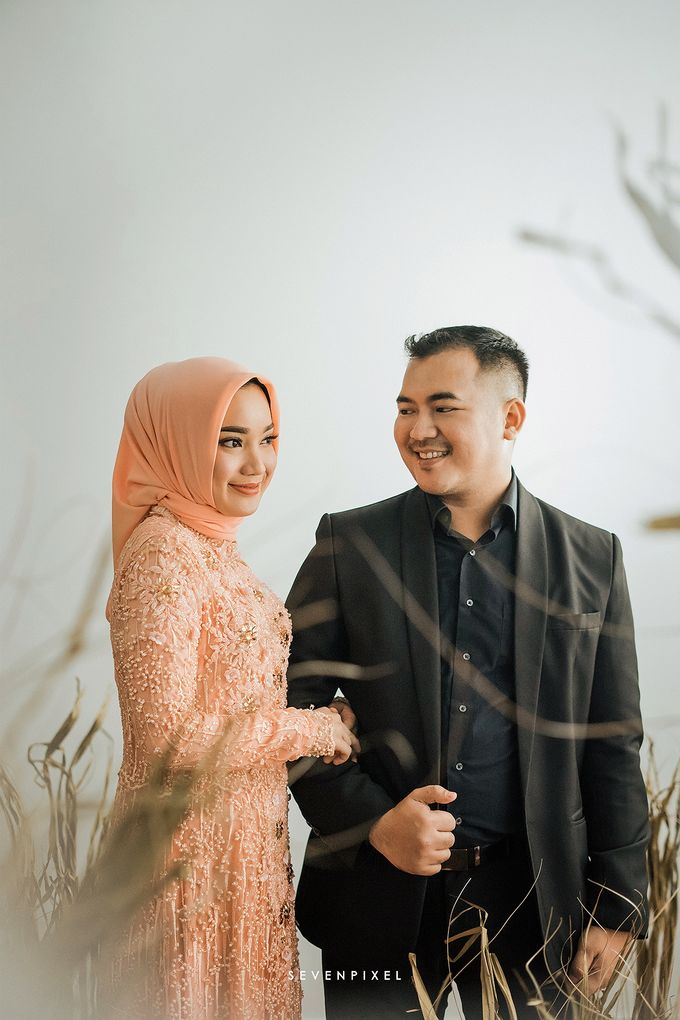 Prewedding Of Yane & Ongky by S E V E N P I X E L   PHOTOGRAPHY   AND   ARTWORK - 004