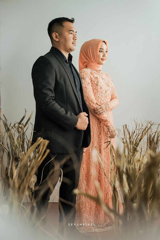 Prewedding Of Yane & Ongky by S E V E N P I X E L   PHOTOGRAPHY   AND   ARTWORK - 005