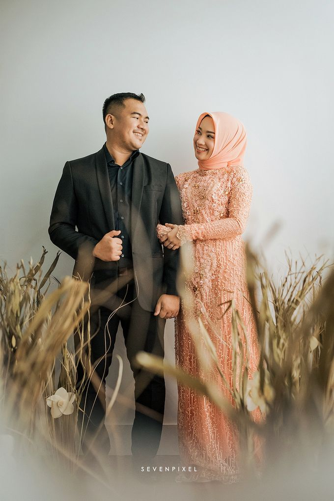Prewedding Of Yane & Ongky by S E V E N P I X E L   PHOTOGRAPHY   AND   ARTWORK - 007