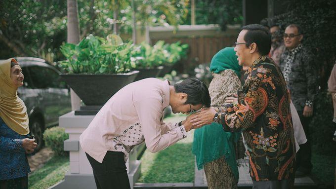 THE ENGAGEMENT OF ANDRA & ARDA by byawatugilang - 004