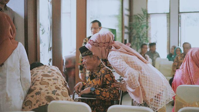 THE ENGAGEMENT OF ANDRA & ARDA by byawatugilang - 007