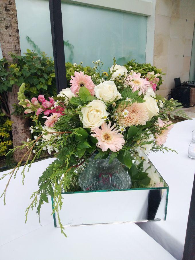 Wedding With V1 Organizer by Million Rose Event Bali - 004