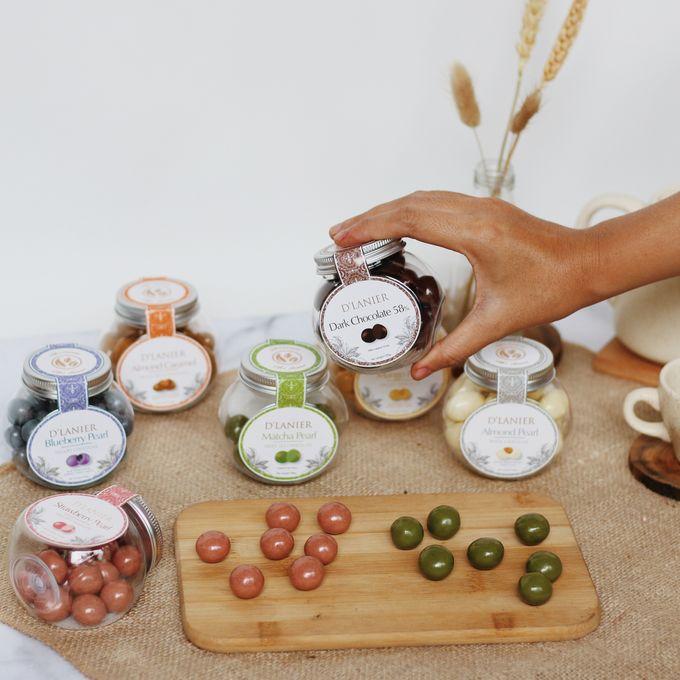 Chocolate Pearls by D'LANIER Artisan Chocolates - 005