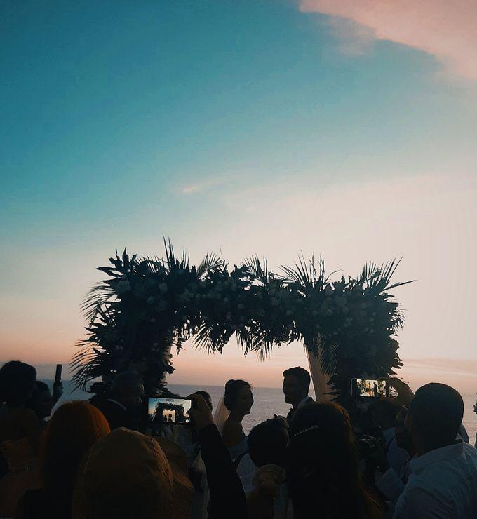The Wedding of Faycal & Carolin by Miracle Wedding Bali - 002