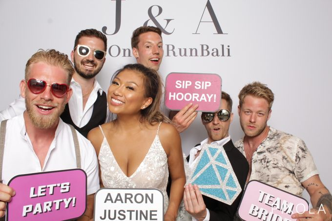 Justine & Aaron by PIXOLA Photo Booth - 017