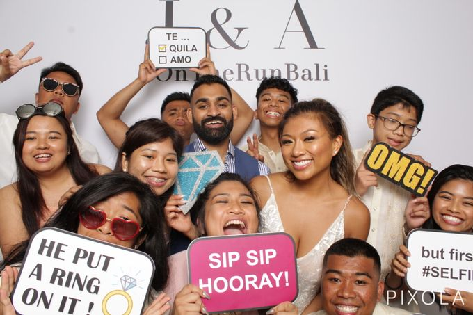 Justine & Aaron by PIXOLA Photo Booth - 018