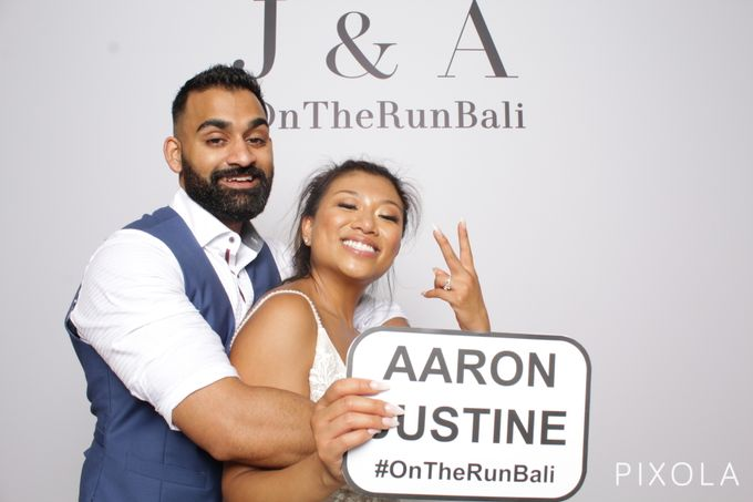 Justine & Aaron by PIXOLA Photo Booth - 029