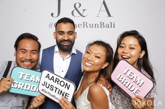 Justine & Aaron by PIXOLA Photo Booth - 030