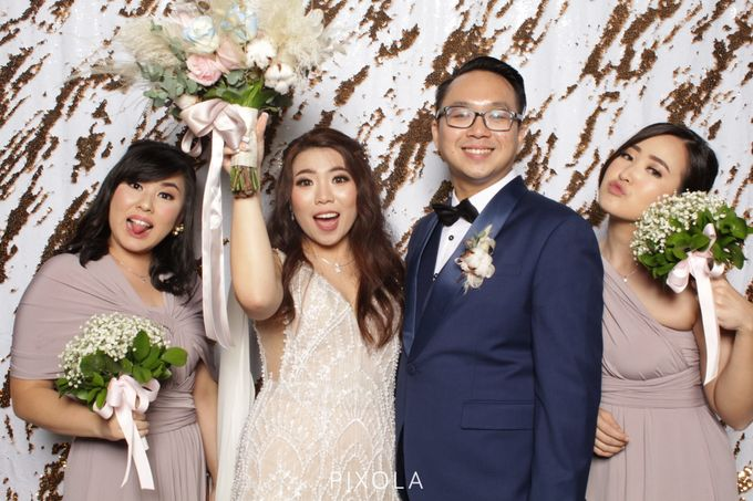 Raymond & Michelle by PIXOLA Photo Booth - 024