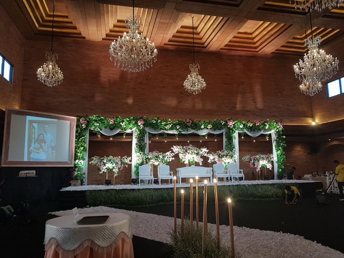 ANGGI & RISHKY WEDDING by United Grand Hall - 009