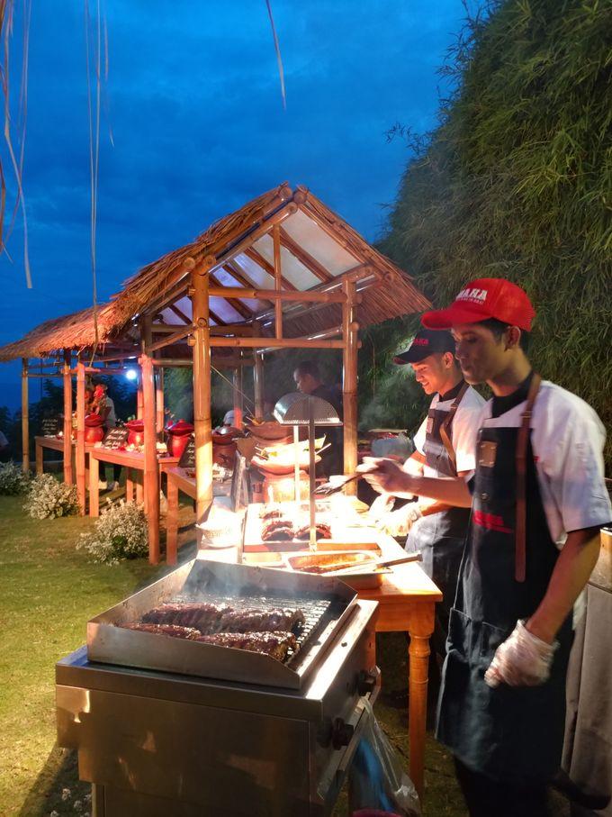 Live Grilled Pork Ribs At Villa Latitude by Wahaha Pork Ribs - 010