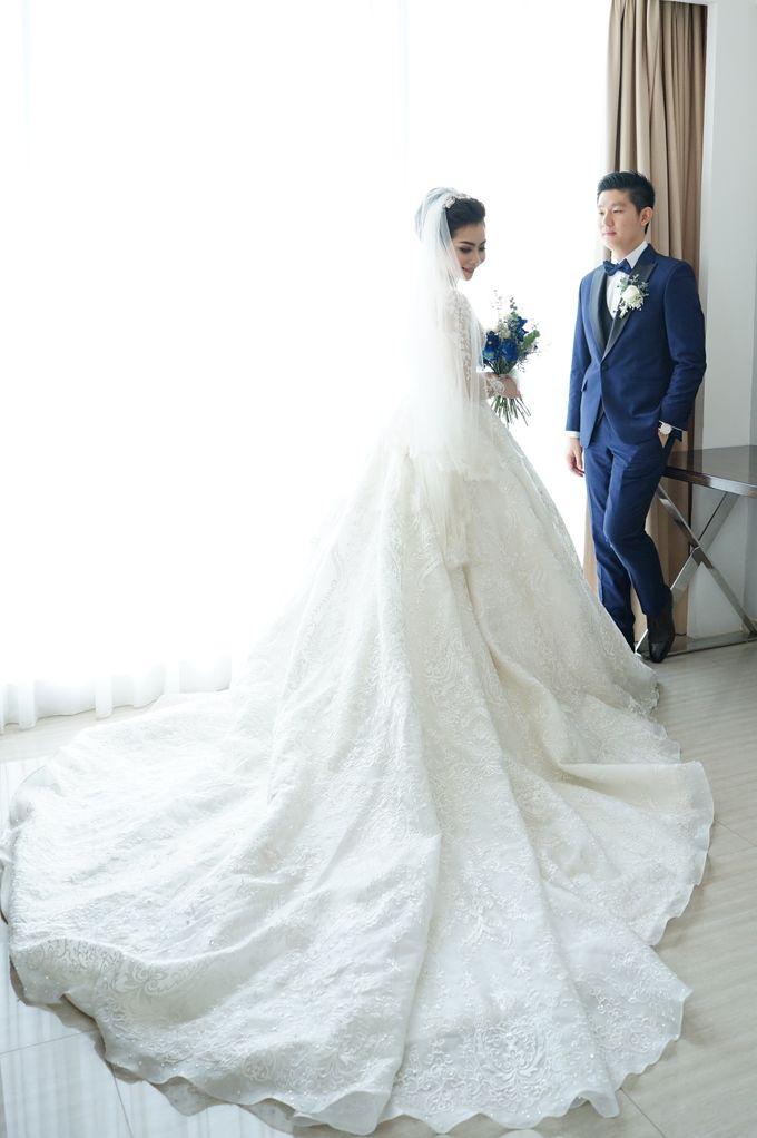Erwin & Gita Wedding by evelingunawijaya - 001
