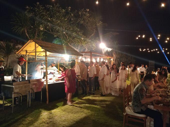 Live Grill at Villa Phalosa, Pantai Batu Belig by PYARA - 030