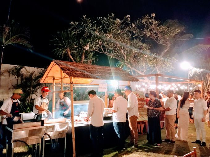 Live Grill at Villa Phalosa, Pantai Batu Belig by Lumbung Catering - 023