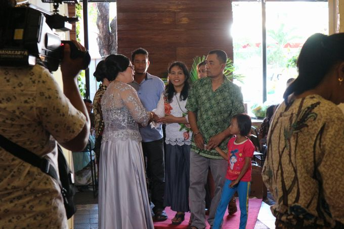 Adhitya & Christina Wedding by Djoyoboyo Cafe - 012