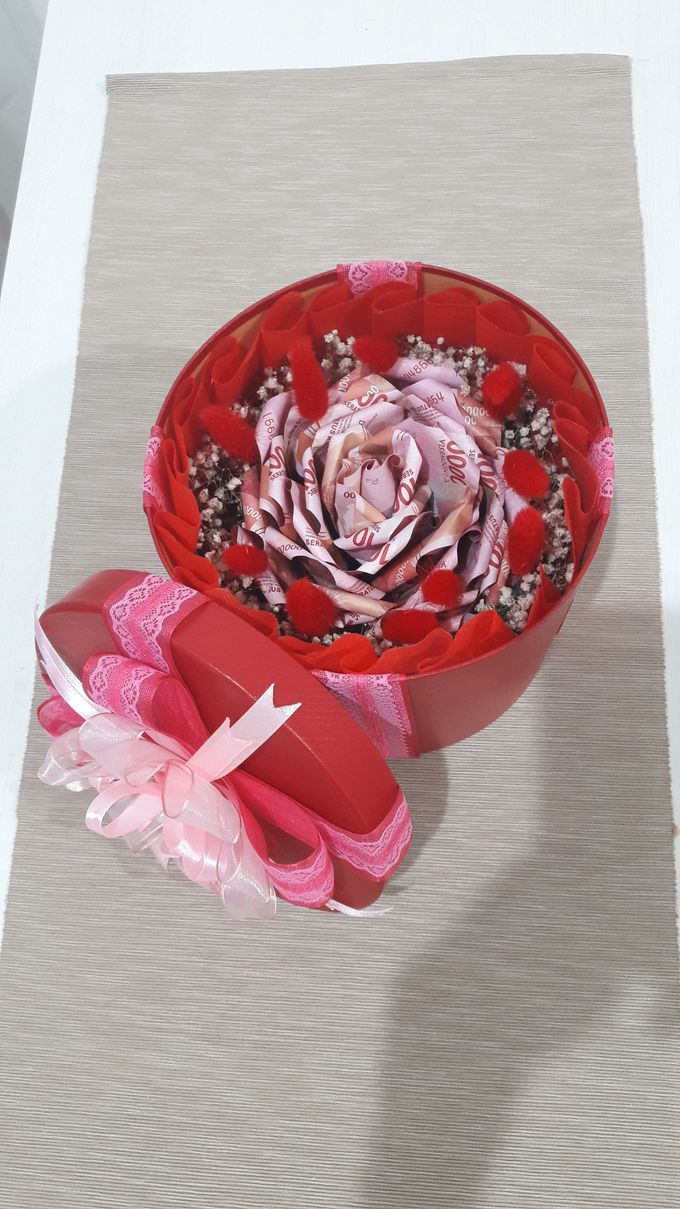 Special Gift by Amaryllis Floral Art - 004