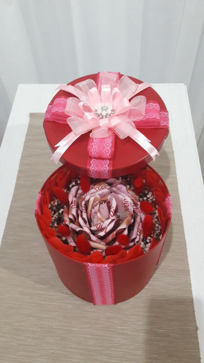 Special Gift by Amaryllis Floral Art - 003