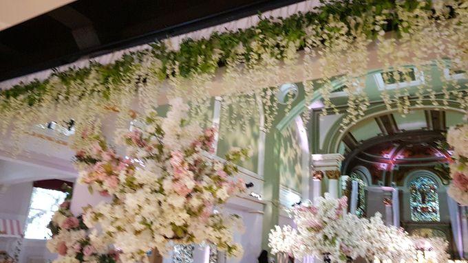 Charlotte and Glens Wedding by Designer Wedding Planner - 019
