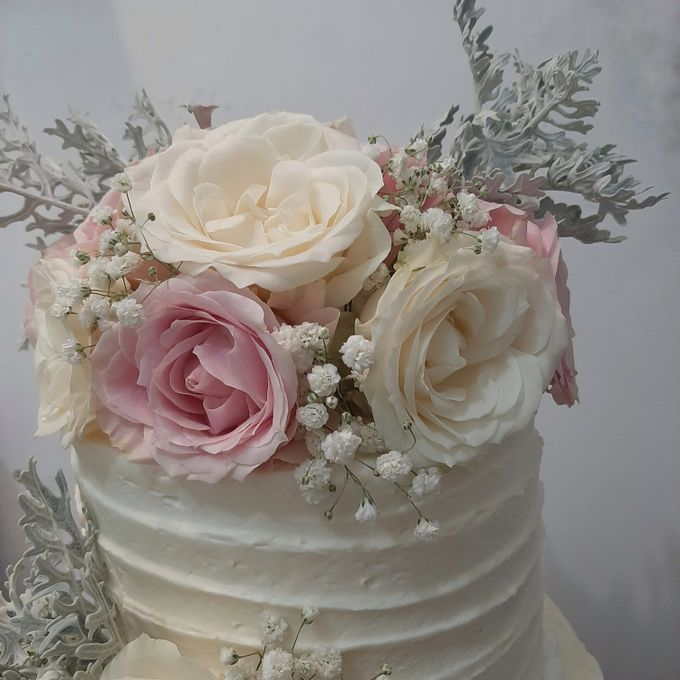 The Wedding Cake Of Nicko & Tsvety by Moia Cake - 002