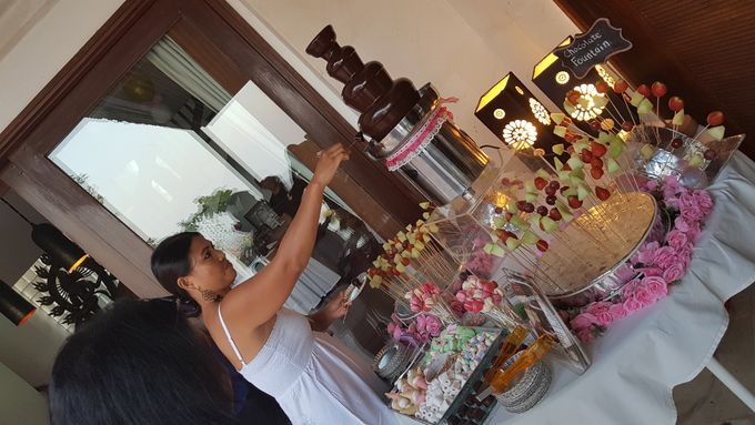 Chocolate Fountain For Wedding, Birthday,Gathering by The Chocolate Land - 002
