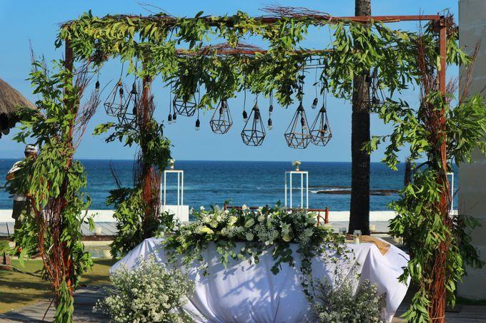 Wedding Nao & Tata - Majapahit Villa 13.10.2019 by Bali Bless Florist - 007