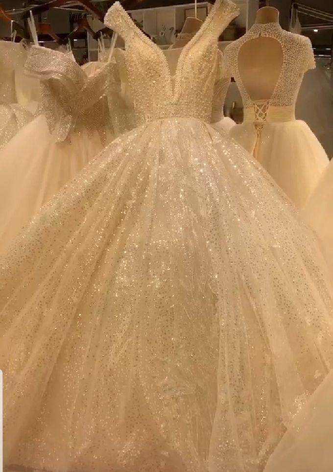 Wedding Dress by Sewa Gaun Pesta - 003