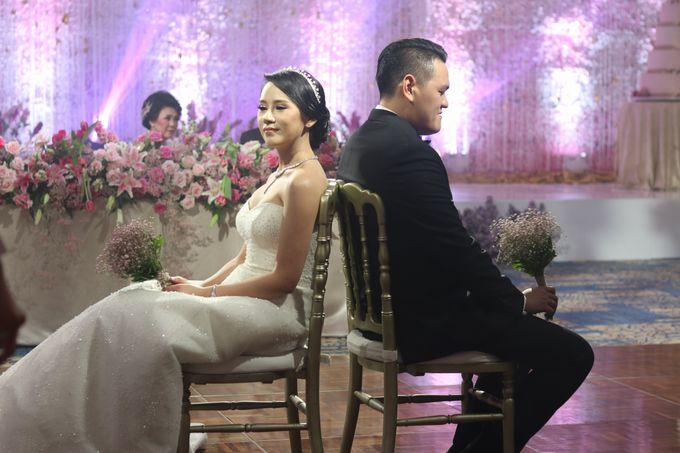 From The Wedding Reception Of Resti And Erick by MC Arief Senoaji - 018