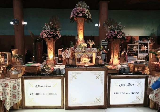 The Wedding Of Lastry & Hendry - Bohemian Rustic by Dirasari Catering - 024