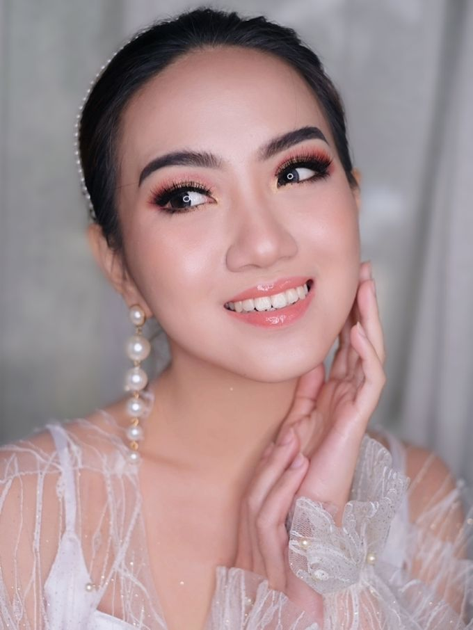 Wedding Makeup by Irma Gerungan Makeup Artist - 035