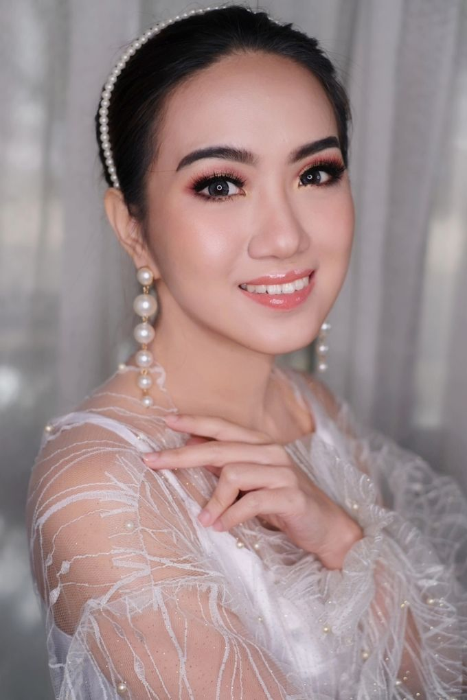 Wedding Makeup by Irma Gerungan Makeup Artist - 037
