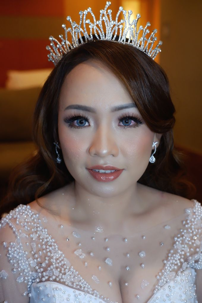 Wedding Makeup & Hairdo For Elfina by Nike Makeup & Hairdo - 012