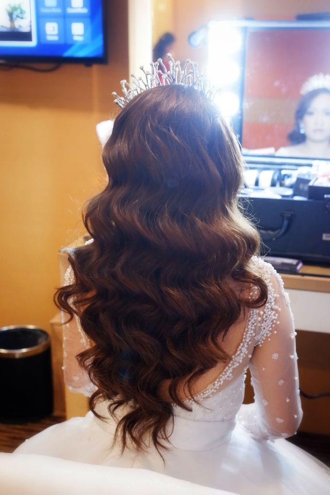 Wedding Makeup & Hairdo For Elfina by Nike Makeup & Hairdo - 014