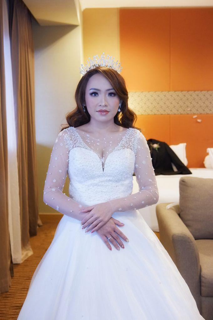Wedding Makeup & Hairdo For Elfina by Nike Makeup & Hairdo - 010
