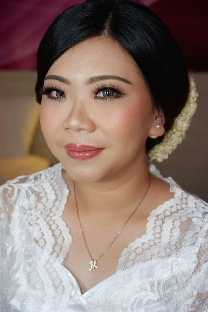 Beautiful Bride, Marlena by Favor Brides - 009