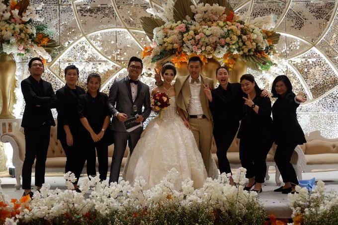 Diantoro & Margaretha Wedding by HENRY BRILLIANTO - 011
