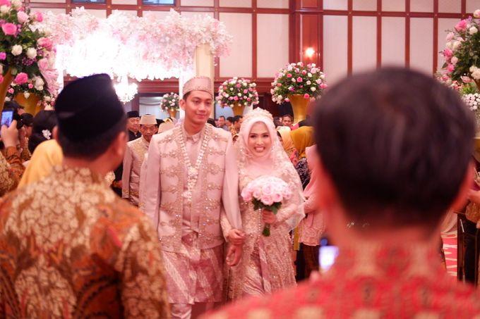 Ayu & Turas Wedding by HENRY BRILLIANTO - 019