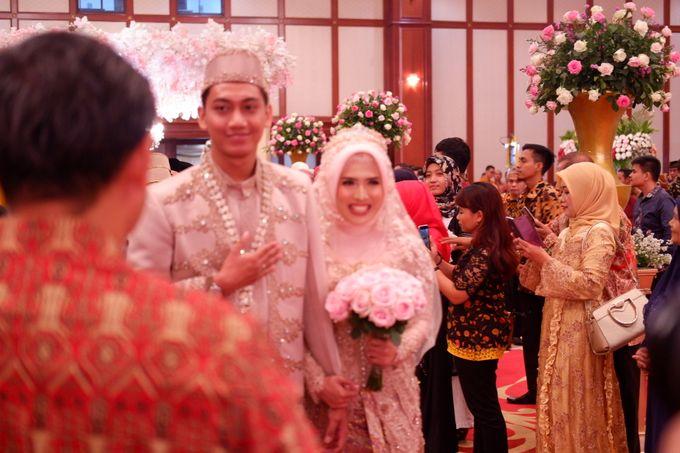 Ayu & Turas Wedding by HENRY BRILLIANTO - 014
