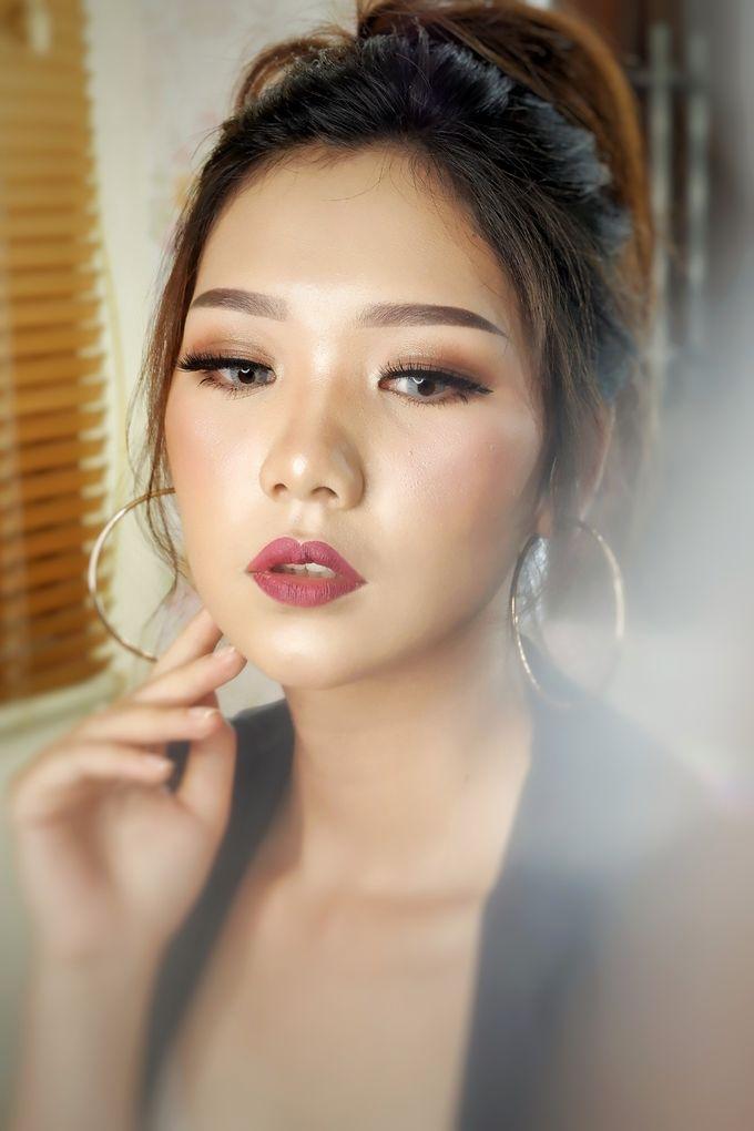 Prewedding - Wedding Makeup (NATURAL GLAM) by AngeLin Bridal - 004