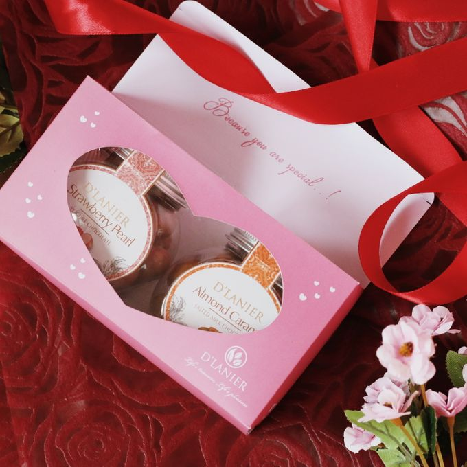 Hampers by D'LANIER Artisan Chocolates - 021