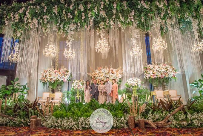 Wedding of Andre & Vinsensia by 4Seasons Decoration - 019