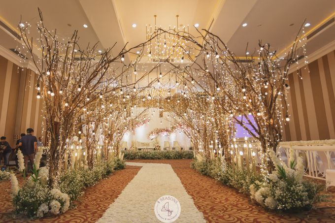 Wedding of Jaka & Almira by 4Seasons Decoration - 008