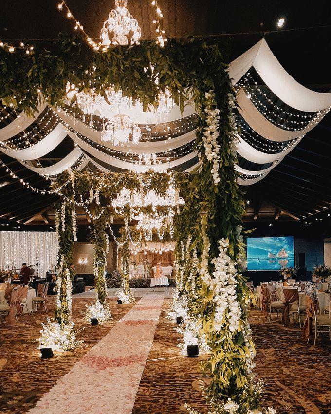 The Wedding of Robert & Veronica by Miracle Wedding Bali - 038